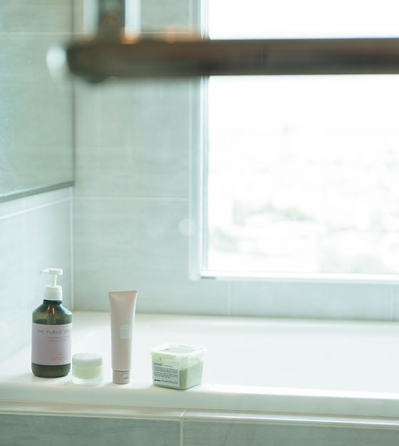 東京の街がバーンと見渡せる絶景風呂は癒しの空間