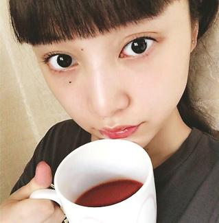 VOCE9月号,人気モデル,山田愛奈,