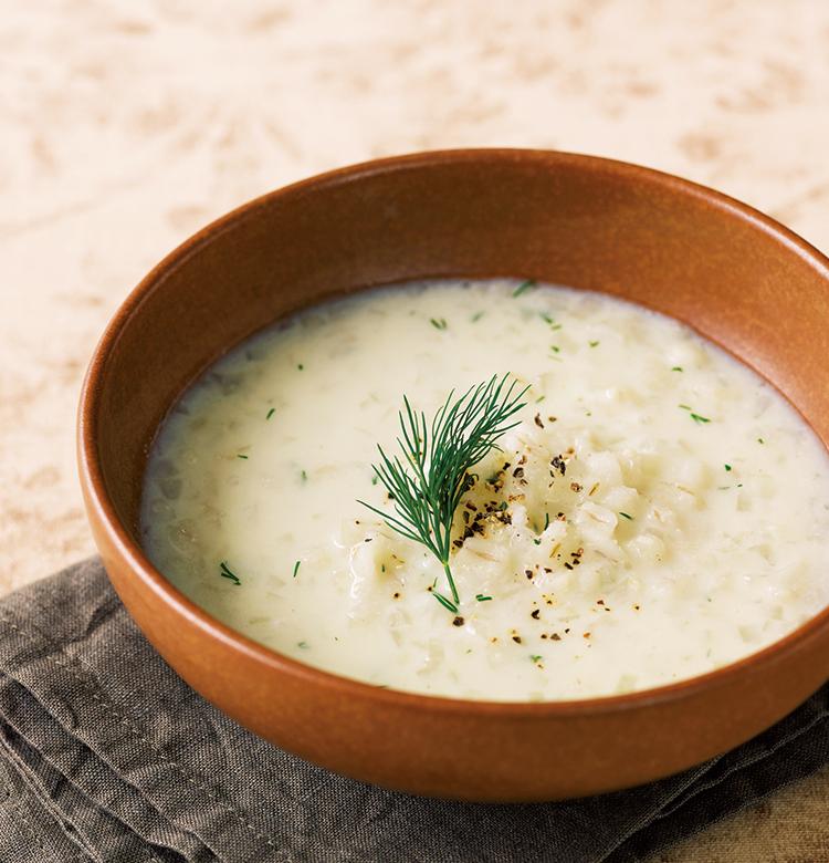 豆乳と押し麦のディルスープ