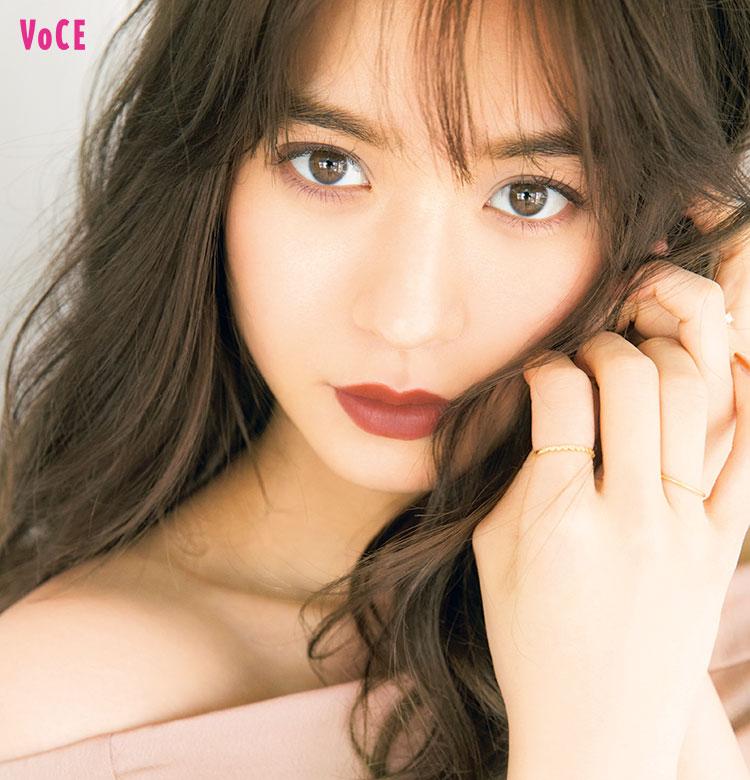 VOCE2017年10月号,野崎萌香,