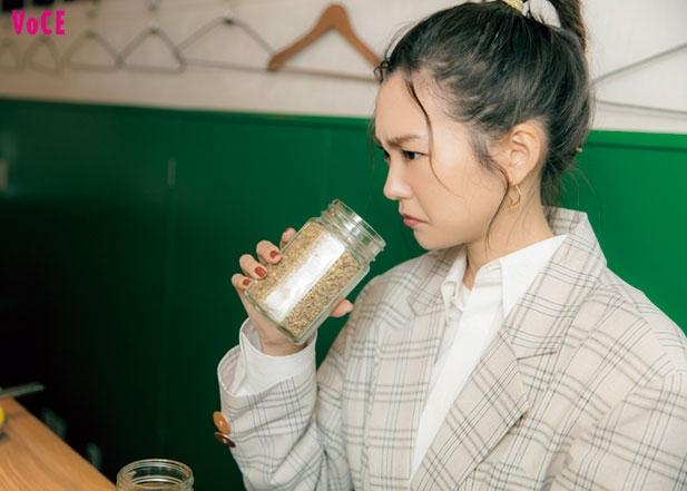 VOCE2020年4月号 桐谷美玲