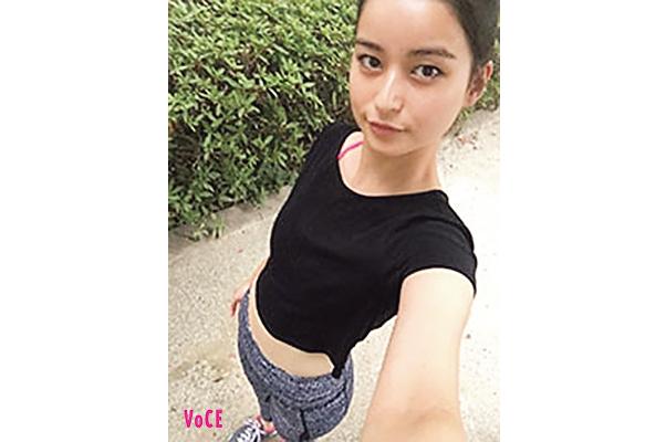 VOCE2017年11月 柿木アミナさん