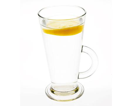 レモン入りホットウォーター